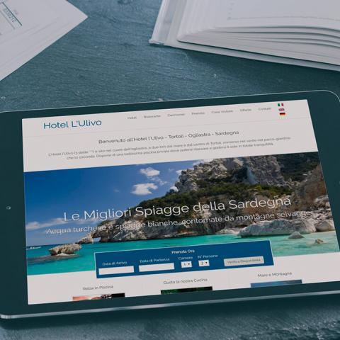 Sito Hotel l'Ulivo Girasole, anteprima responsive su Tablet